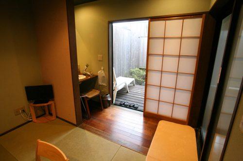 ひさかたの(十和田石風呂)部屋
