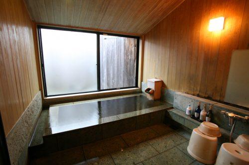 ひさかたの(十和田石風呂)浴室