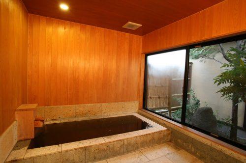 つくばねの(十和田石風呂)浴室