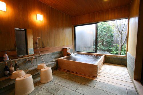 貸切風呂 いにしえの(檜風呂)