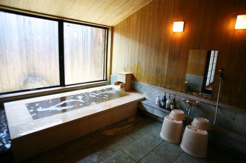 ひさかたの(檜風呂)浴室